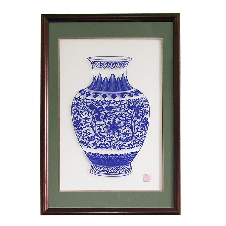 卢淑荣作品现代家居有框装饰画特色剪纸双线框 青花瓷 凤纹瓶1号